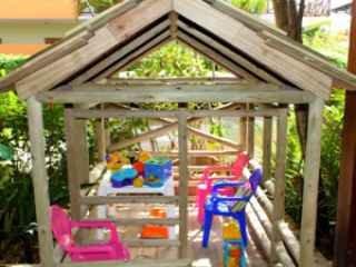 1563409192-pousada-em-praia-do-forte-joao-sol-brinquedoteca.jpg