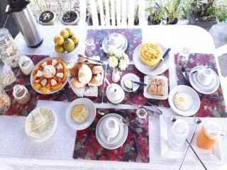 1565988412-pousada-na-barra-do-jacuipe-bahia-costa-de-camacari-cafe2.jpg
