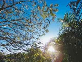 1588630620-pousada-praia-do-rosa-sc-35.jpg