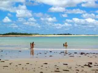 1589227680-pousada-em-sao-miguel-do-gostoso-rn-praia.JPG